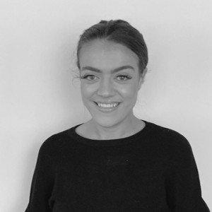 Lola Oxnard - Content Specialist